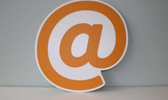 开启自己专用的专业域名邮箱